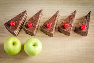 5:2 kuren - 5 stykker kage og 2 æbler